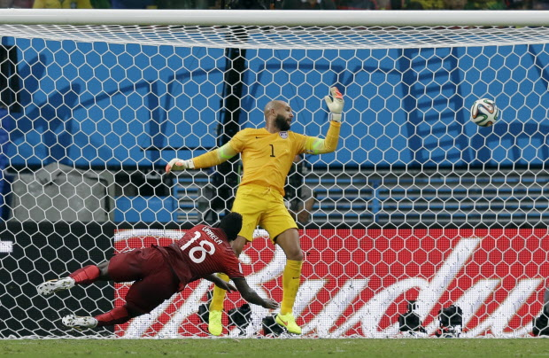 So close. Valera scores off a Ronaldo cross in the 94th minute to equalize and keep Portuguese hopes alive.